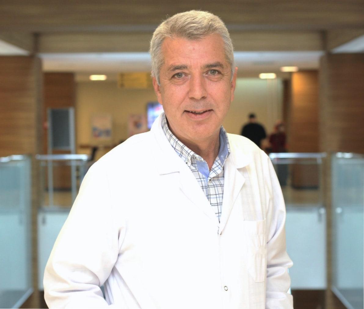 Prof. Dr. Eyüp Hazan - Kalp ve Damar Cerrahisi Uzmanı